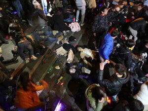 В Шанхае из-за кровавой давки отменили новогодние праздники