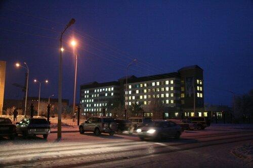 Перед областной детской больницей не горит ни один фонарь