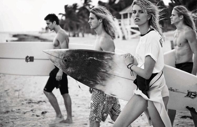 Каролина Куркова в июньском Vogue Spain