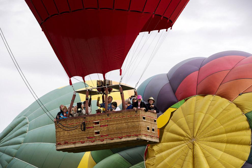 Секс среди воздушных шаров и 29 фотография