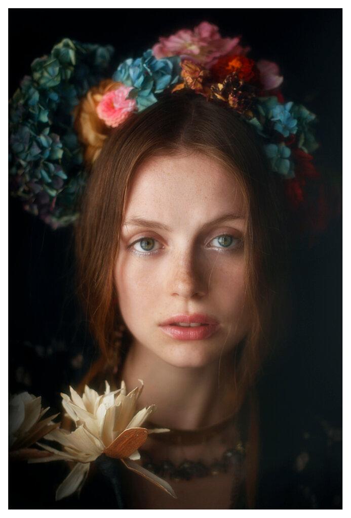 Vivienne Mok - model Nea