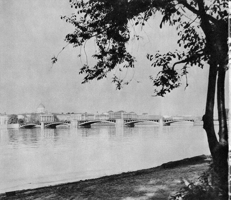 Биржевой мост / Birzhevoy Bridge