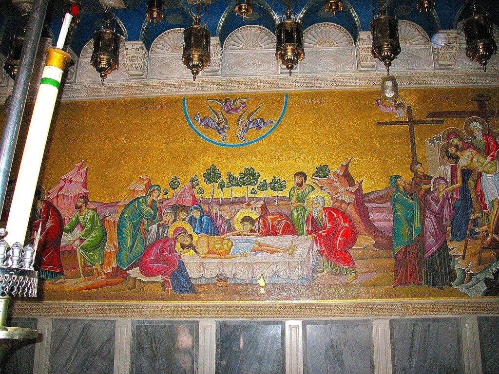 Иерусалим, Храм Гроба Господня, снятие с Креста, помазание, погребение
