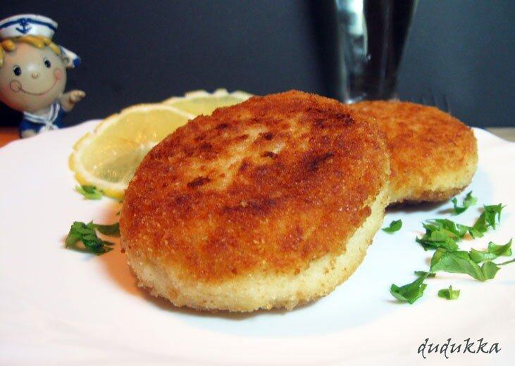 Рыбные котлеты из щуки с салом - рецепт с фото пошагово