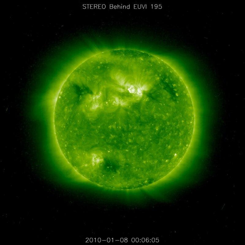НЛО на Солнце! (фото+фильм) 0_5fce5_4e9300ac_XL