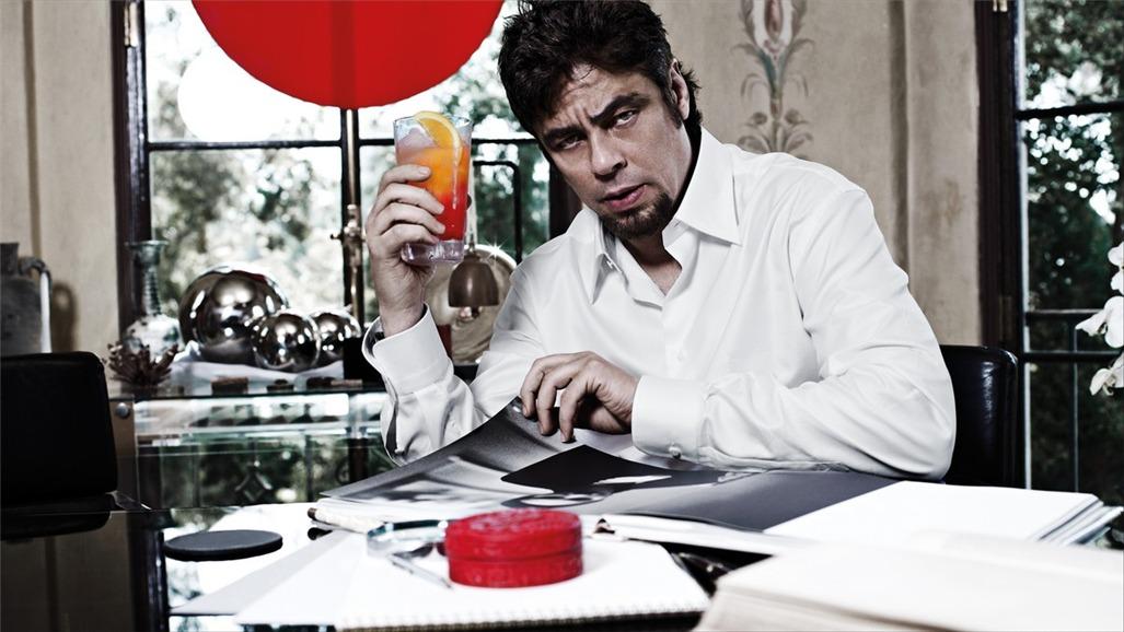 Бенисио дель Торо / Campari The Red Affair 2011 calendar - Benicio del Toro by Michel Compte - февраль