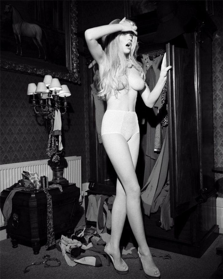 эротическая модель Валери / Valerie, фотограф James White