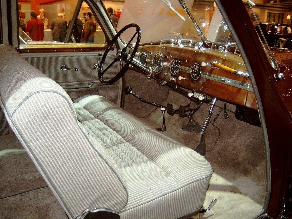 Horch 930 S '1939 2.jpg