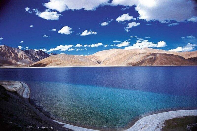 Озеро Пангонг Цо в Гималаях