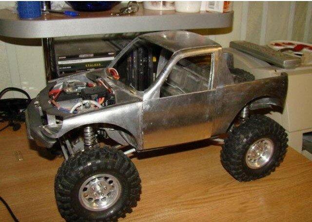 ...и интересными идеями, то получаются подобные проекты - создание модели Chevrolet Niva до мельчайших деталей.