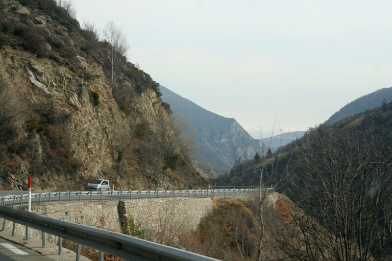 Серпантин в Восточных Пиренеях