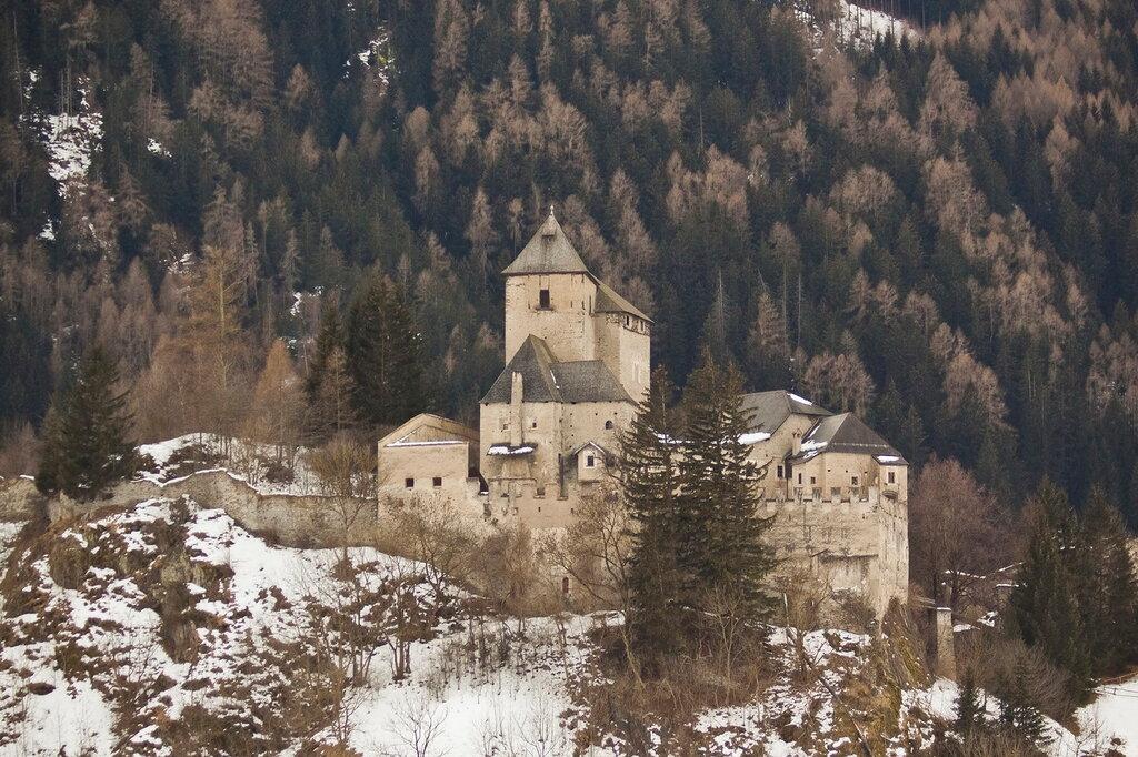 Австрия, Италия