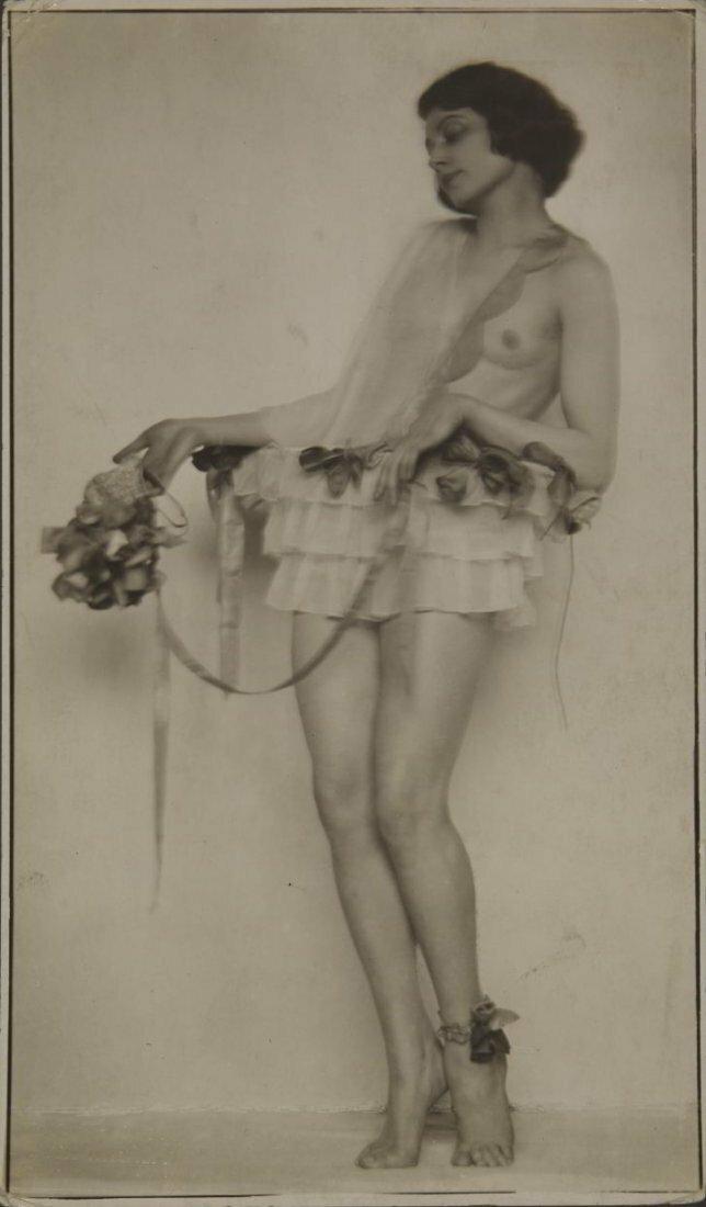 1922. Густав Густавович Клуцис. Дизайн спортивного костюма для города будущего