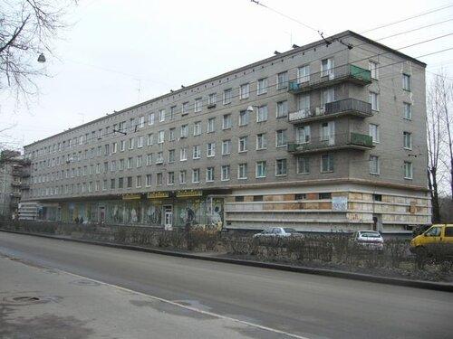 ул. Васи Алексеева 21