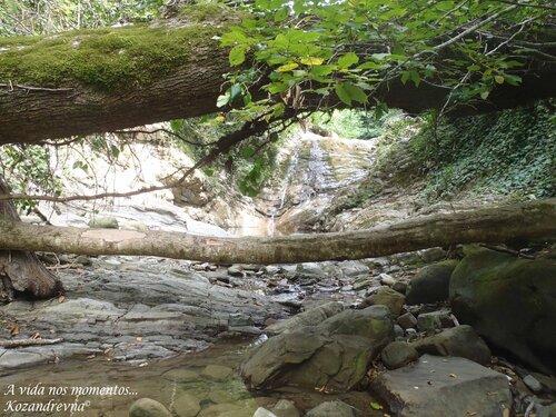 Каменное ложе Свирского ручья