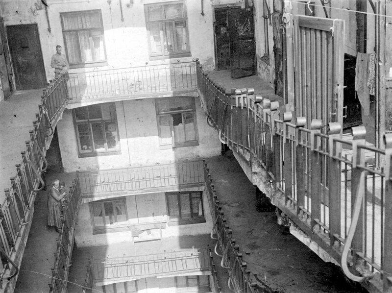 Дом-корабль. Псковский переулок дом № 7
