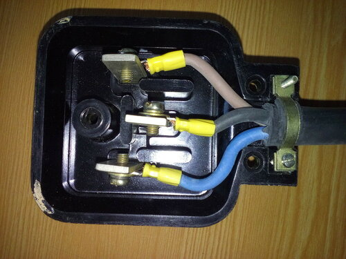 Подключение электроплиты в квартире за счёт имеющейся розетки советского образца
