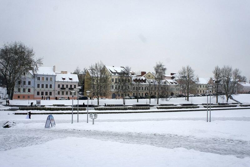 2016-01-09_068, Белоруссия, Минск, остров Слёз, вид на город.jpg