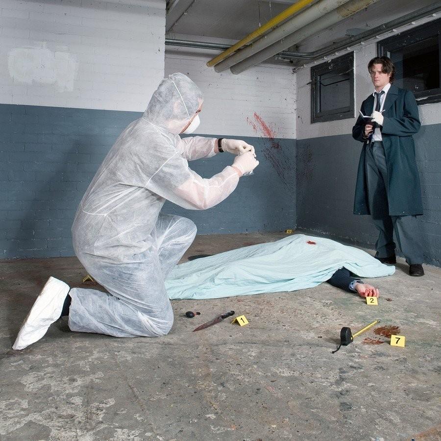 6. Очистка места преступления После того как на месте преступления заканчивают работать полицейские
