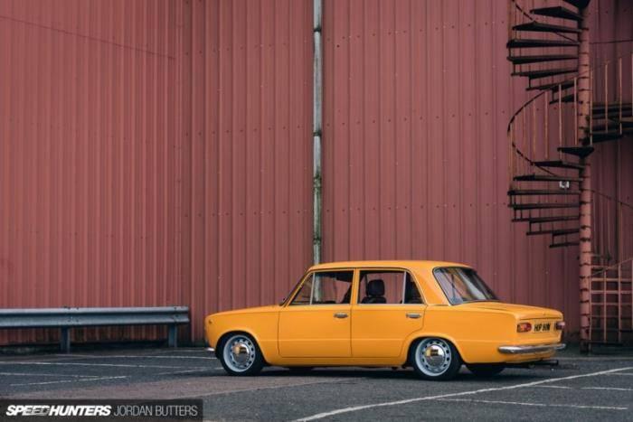 Dave Colledge захотел поработать над этой машиной после того, как помог своему другу в проекте Lada