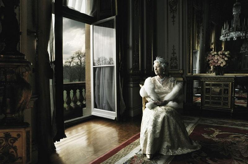 21. Ее величество королева Великобритании Елизавета II