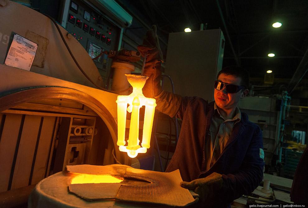 22. «На вес золота» — это о лопатке с монокристаллической структурой. Технология производства т