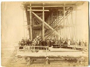 Молебствие при начале сборки моста
