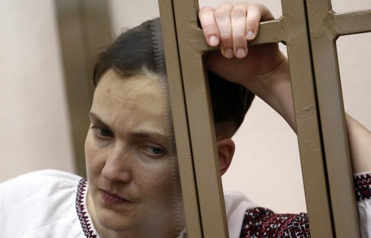 Савченко прекратила голодовку— Порошенко
