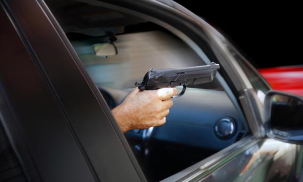 ВИркутске неизвестные расстреляли водителя иномарки изтравматики