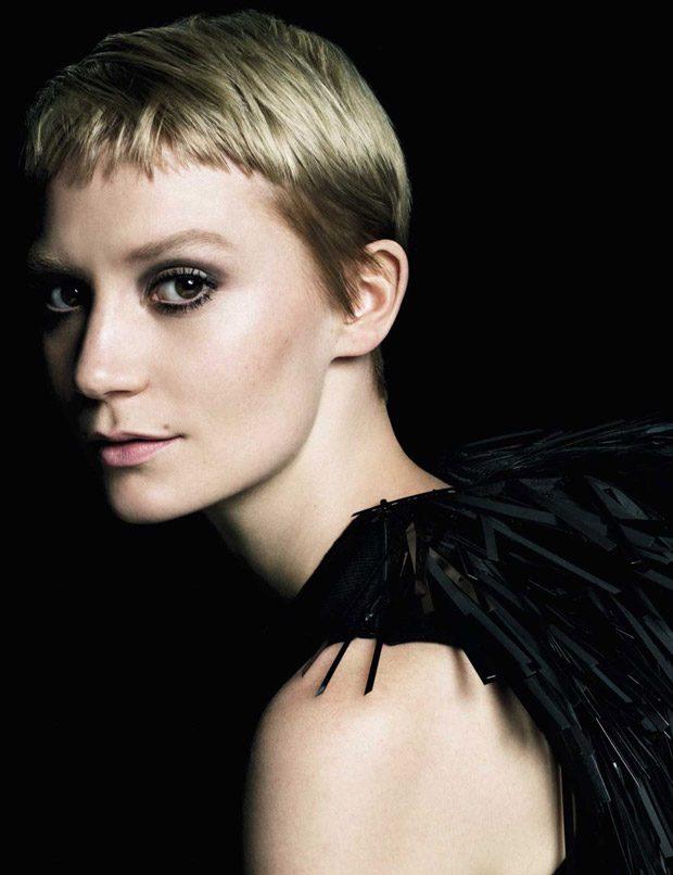 Discover Prada's La Femme & L'Homme Fragrances 2016 campaign starring Mia Wasikowska , Mia Goth , An