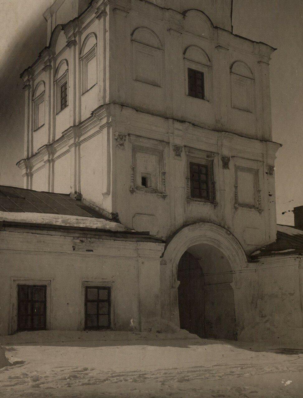 1929. Первый этаж колокольни до взрыва