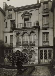 1919. Рю де ла Тур де Дам