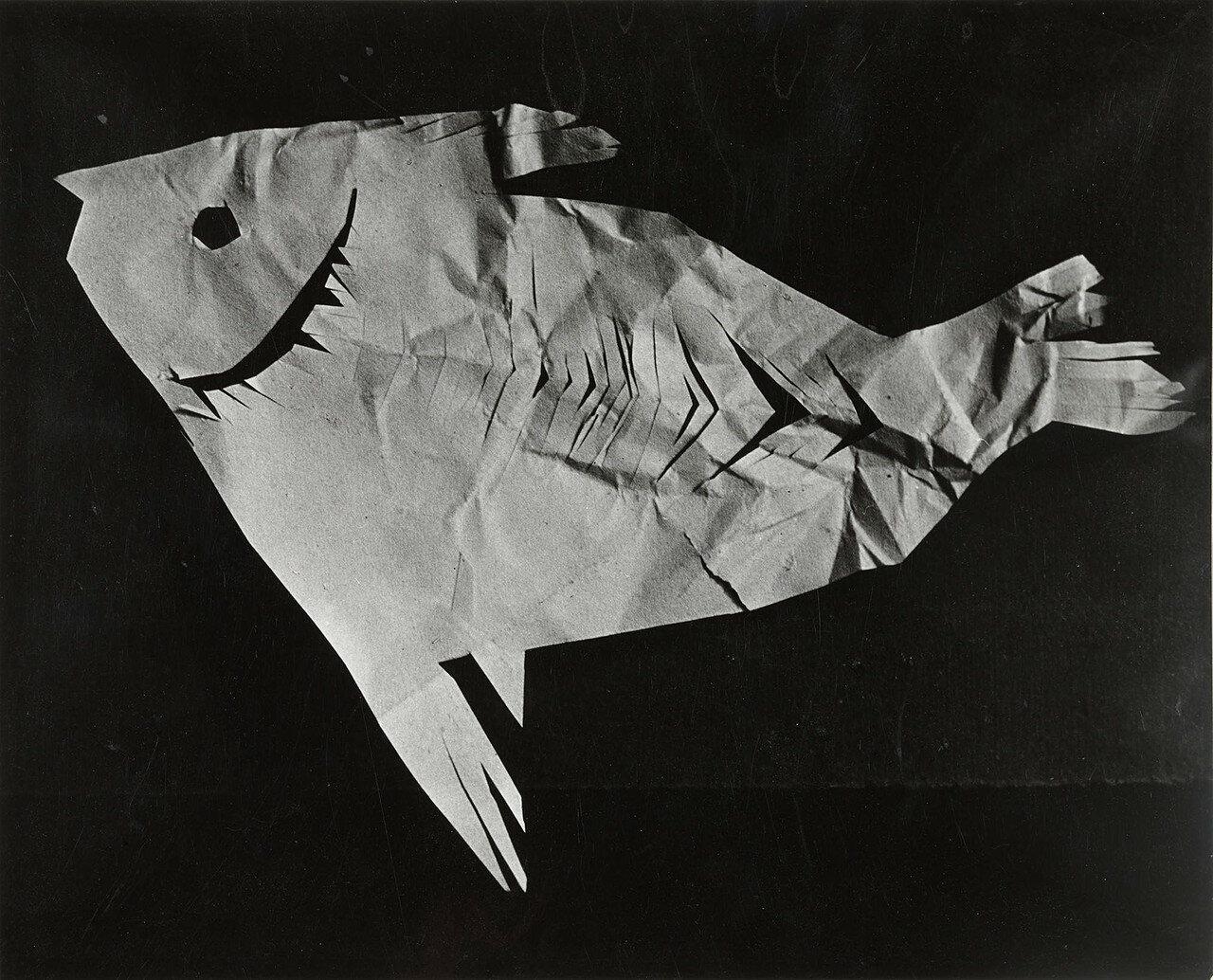 1943. Пикассо. Скульптура (бумага, рыба)