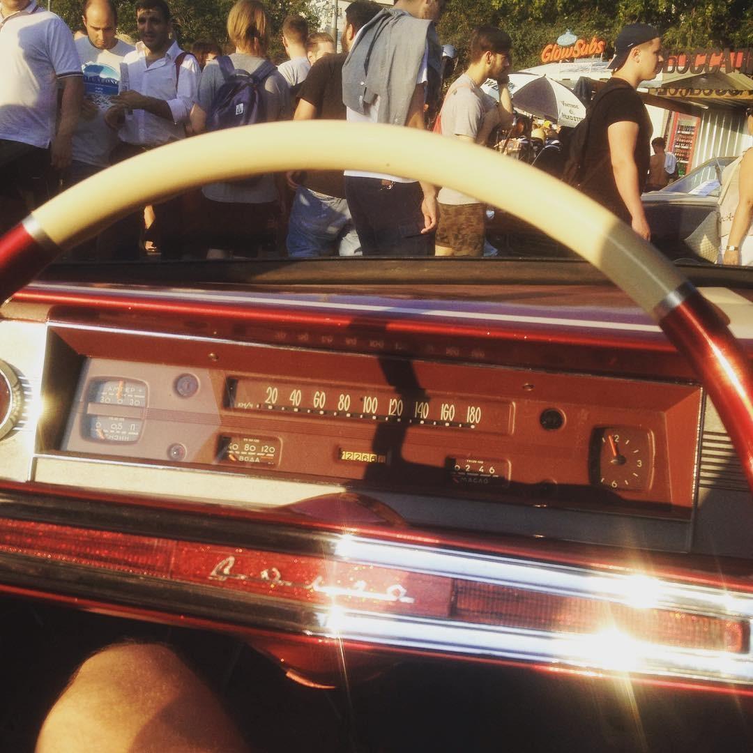 2. ГАЗ 24 V8 Overpower Этот автомобиль , выпущенный в 1985 году, сейчас оснащен двигателем в 500 лош