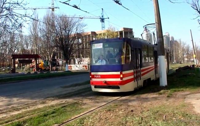 ВОдессе мужчина умер под колесами трамвая
