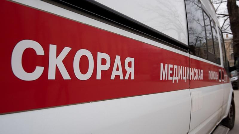 Медик пострадал при столкновении кареты скорой помощи илегковушки в столице России