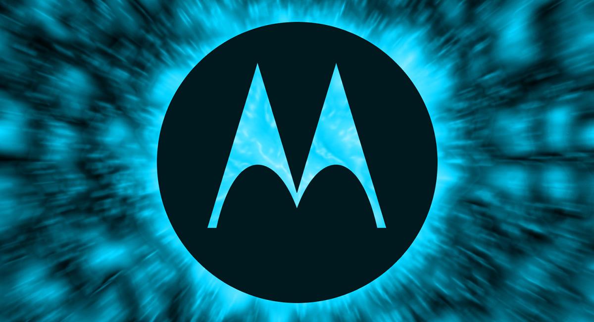 Компания Lenovo хочет выпустить легендарную «раскладушку» Motorola RAZR V3