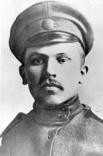 И.М.Малышев в запасном полку. 1916 г.