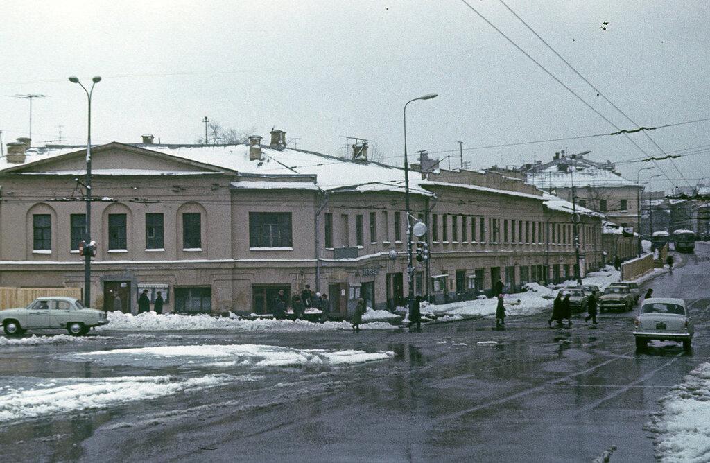 497258 Кропоткинская, 1.jpg