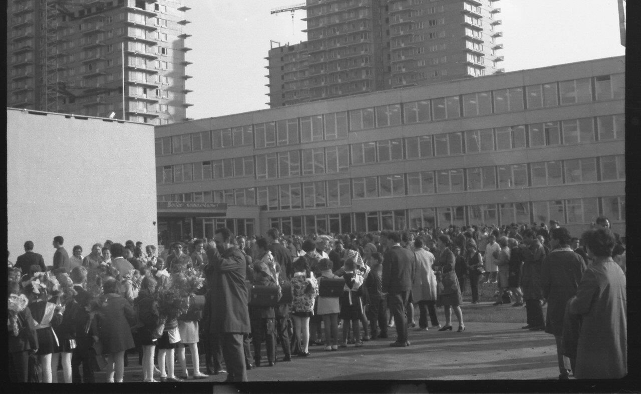 09.1972. Москва. Открытие школы №1250