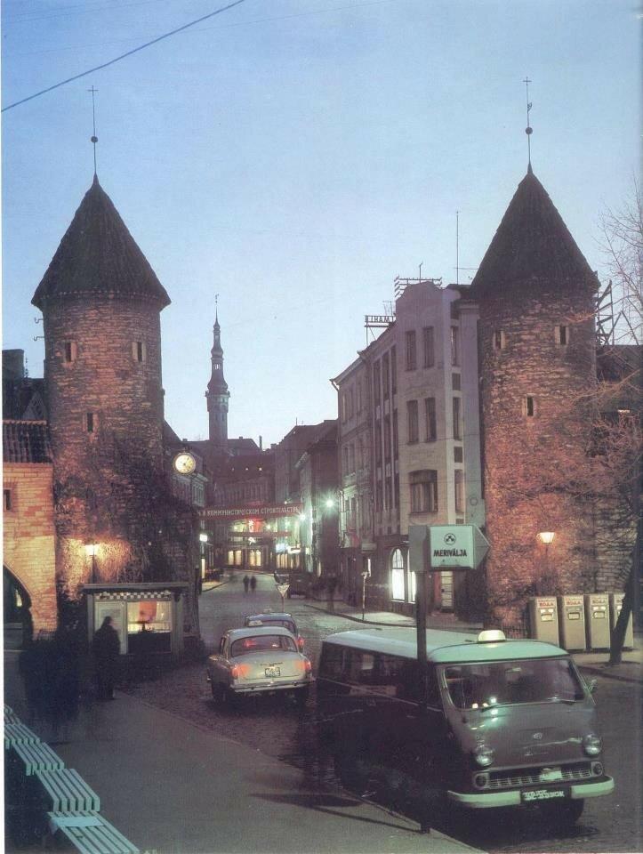 1960е Вируские ворота.jpg