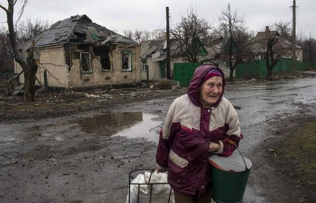 """""""У каждого свои потери - мелкие и крупные. Хотя размеры - дело здесь очень условно"""", - письмо из Луганска"""