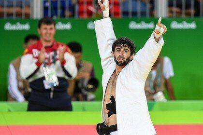 Российский дзюдоист Беслан Мудранов гарантировал нашей команде первую медаль Рио..jpg