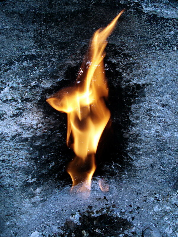 800px-Chimera_Fire_00290_nevit.jpg
