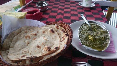 Palak-paneer and chapati