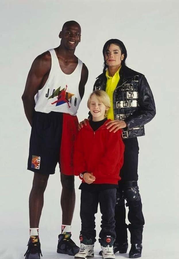 1991 год. С Майклом Джорданом и Майклом Джексоном на съемках видео на песню Джексона «Jam».
