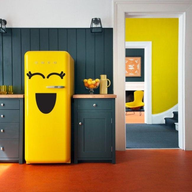 5. Холодильник облегчит вам жизнь Воду, масло, йогурт, сметану и тесто лучше всего постоянно держать