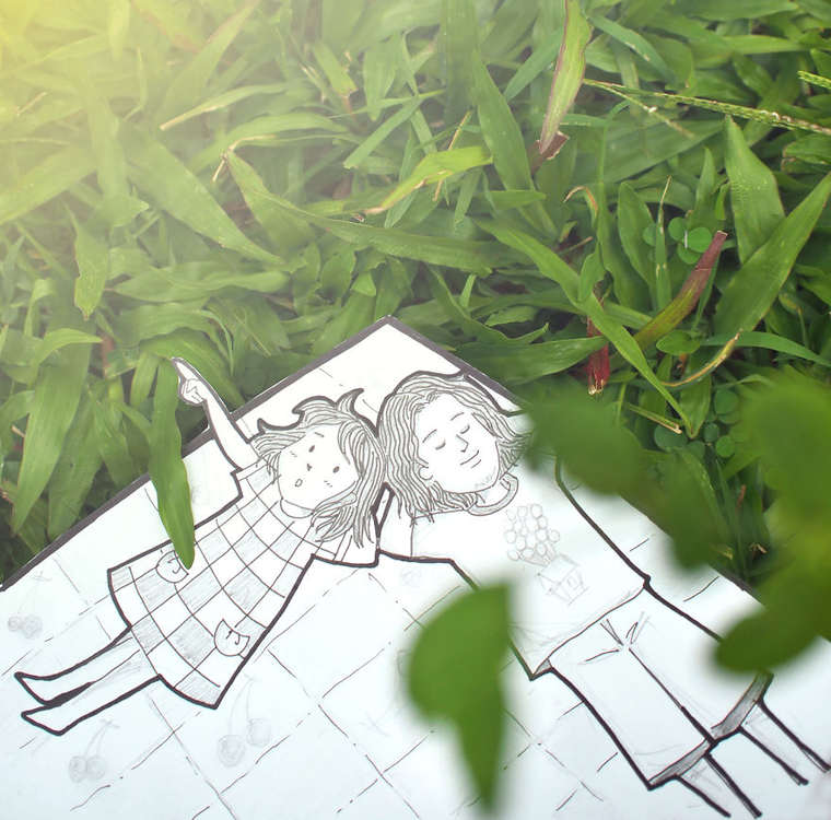 Doodle Deux - A couple replaces selfies with some adorable doodles