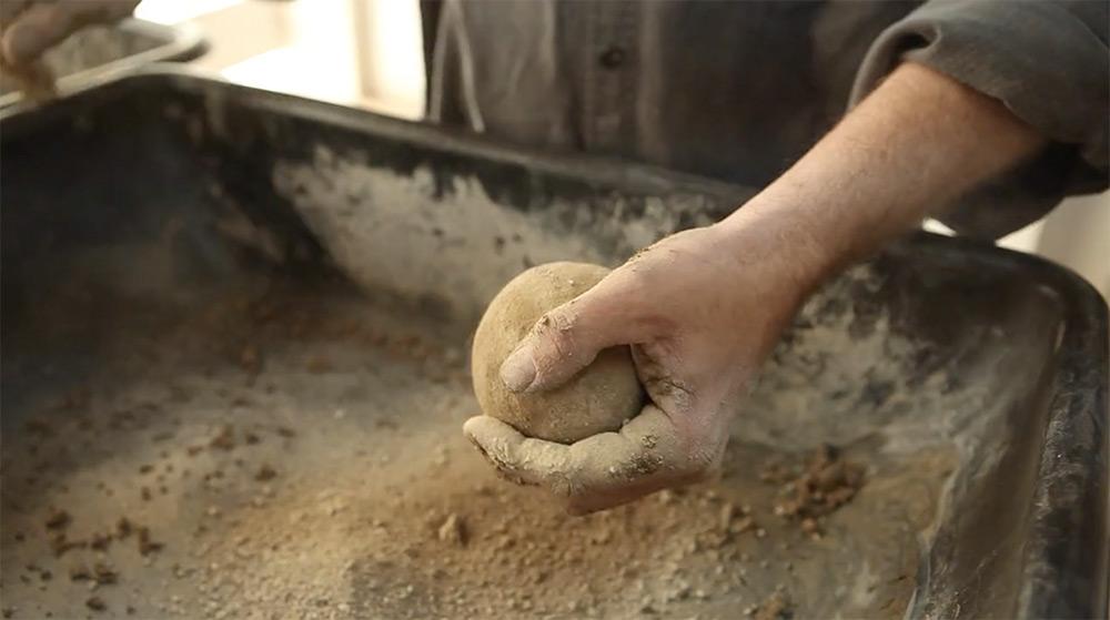 'Hikaru Dorodango' is the Japanese Art of Turning Dirt into Perfect Spheres