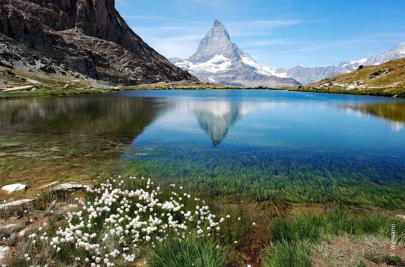 пейзажи озера в горах воспоминанье пробуждает